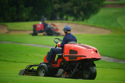golf course maintenance jobs